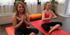 yoga teenagers